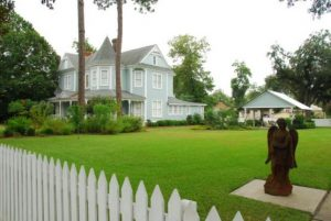 GraceWay Recovery Residence for Women Albany Georgia